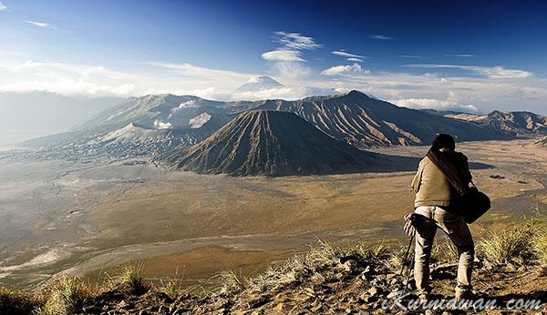 Berburu Foto di Gunung Bromo