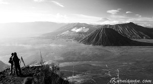 Foto Hitam Putih Gunung Bromo