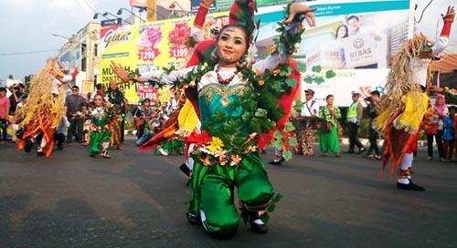 penari yogyakarta lampung tapis carnival