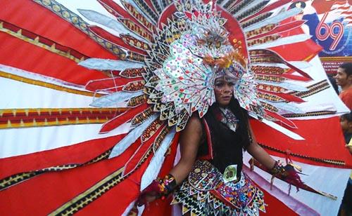 pawai budaya festival krakatau