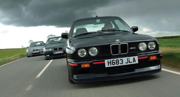 Mobil Sedan Retro Eropa BMW 318i