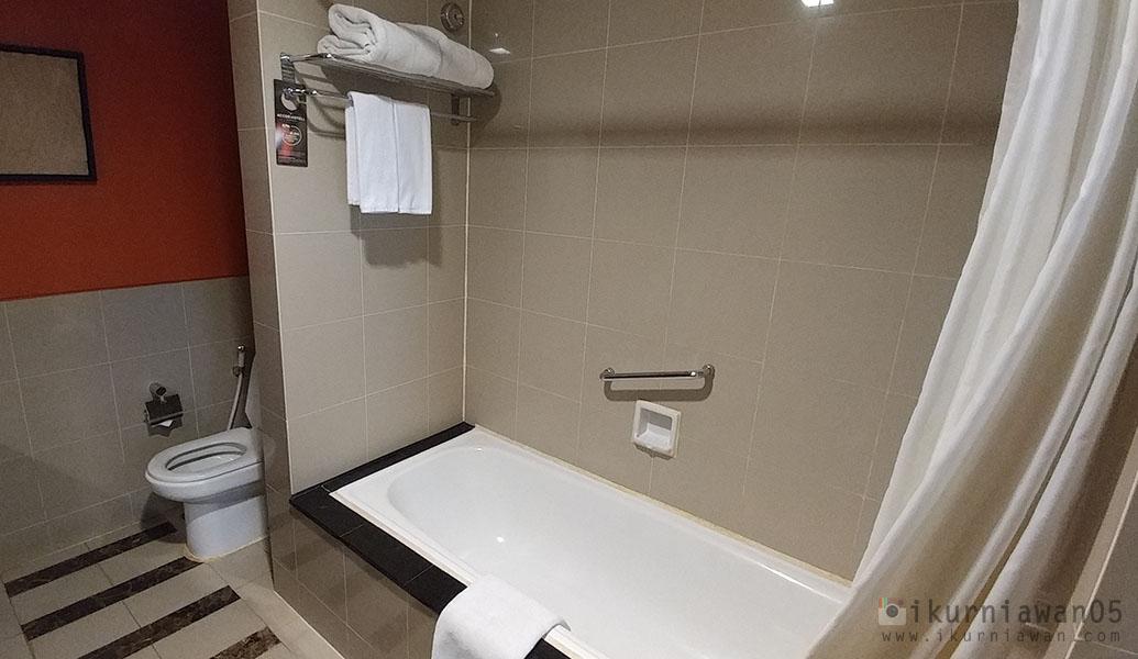 Kamar Mandi Bathup Novotel Hotel Semarang