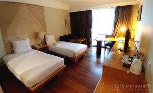 Twin Bed Room Novotel Hotel Semarang Indonesia