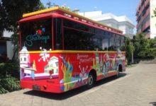 Bis Jalan-Jalan Keliling Kota Surabaya