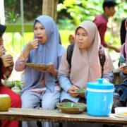 Pengunjung Pasar Tahura Pesawaran Lampung