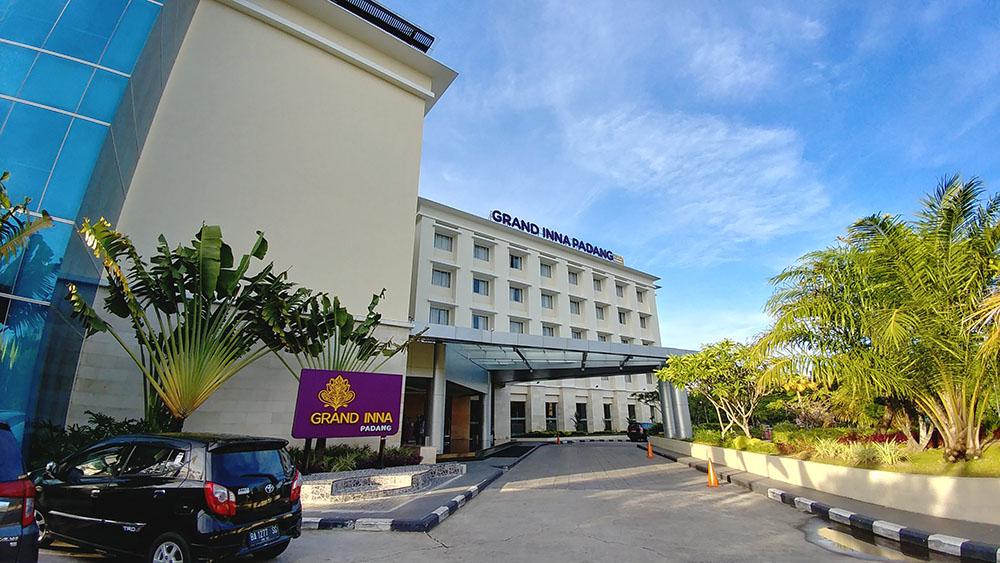 Harga Hotel Grand Inna Padang