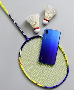 Huawei Nova 3i tampil stylish di semua kondisi