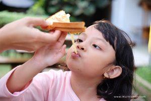 Melted Cheese bana Kafe Instagram di Bandar Lampung