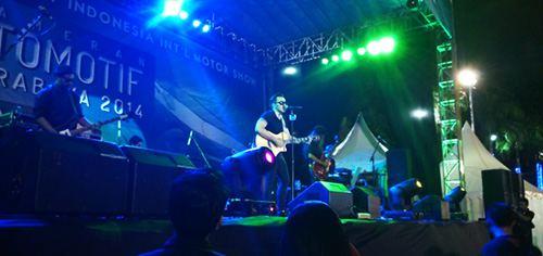 Konser Naif Di Surabaya