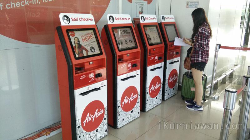 mudahnya check in airasia di bandara