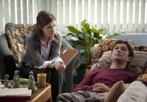 Anna Kendrick dan Gordon-Levitt dalam Film 50-50