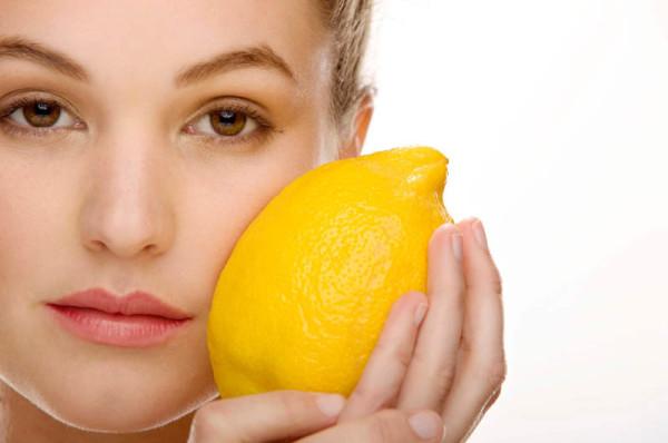Buah Lemon Untuk Kesehatan Bibir Alami