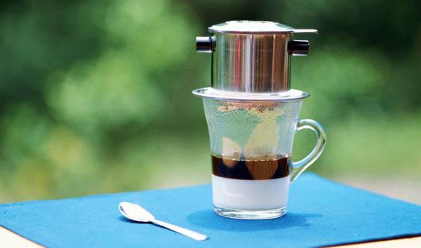 Bikin Kopi Menggunakan Classic Coffee Dripper