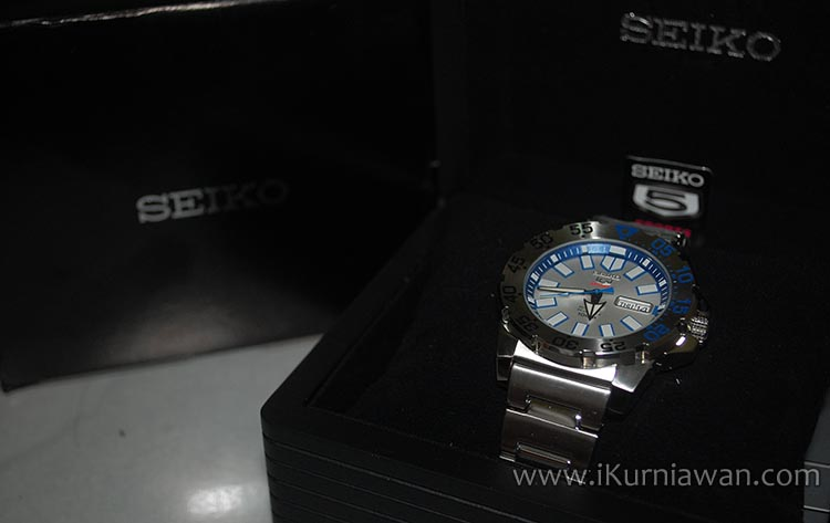 Review Jam Tangan Seiko 5 SRP481K1 Baby Monster
