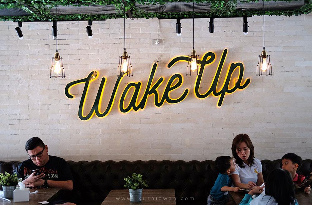 Wake Up Cafe Car Wash Bandar Lampung