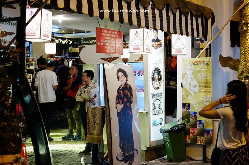 Makan Di House Of Raminten Yogyakarta