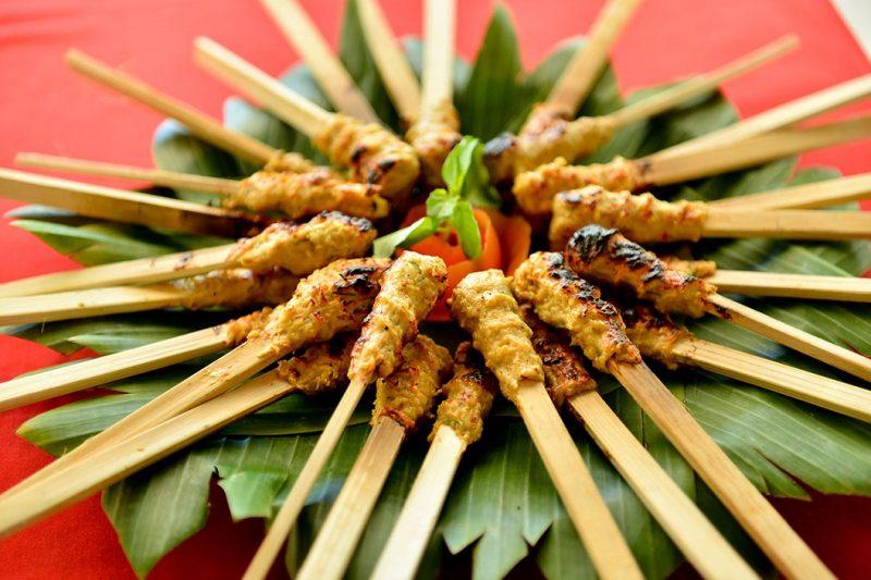 Kuliner Khas Bali Sate Lilit Ikan