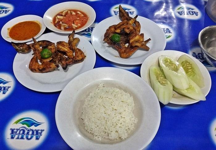 Makanan Khas Lombok Ayam Bakar Taliwang