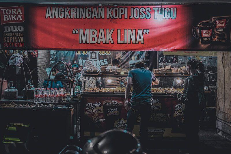 Angkringan Di Tugu Yogyakarta