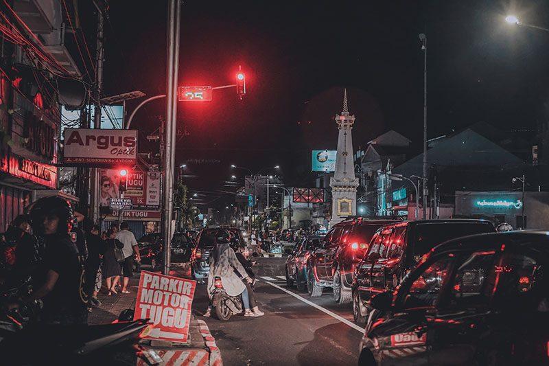Foto Tugu Yogyakarta Malam Hari