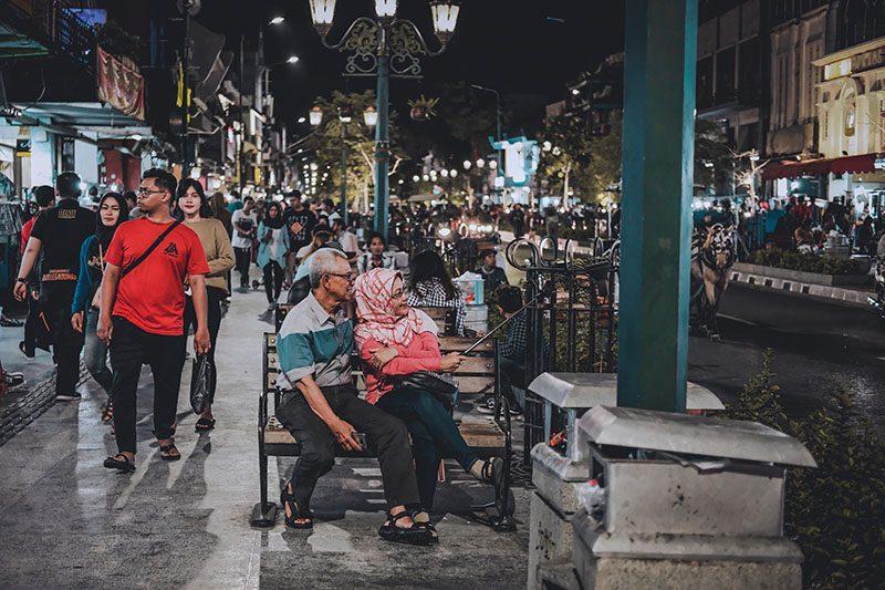 Menikmati Malam di Malioboro Yogyakarta Street Photography