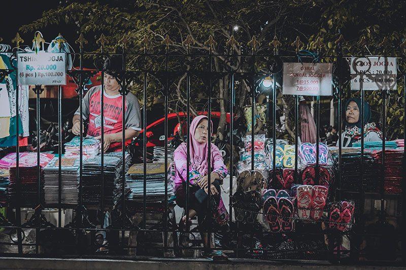 Penjual Souvenir Malioboro Yogyakarta Street Photography