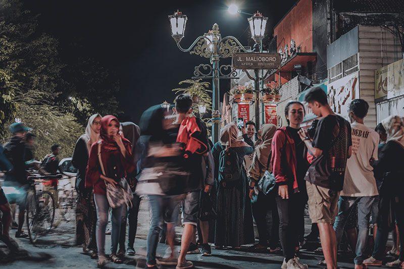 Street foto malam di Yogyakarta